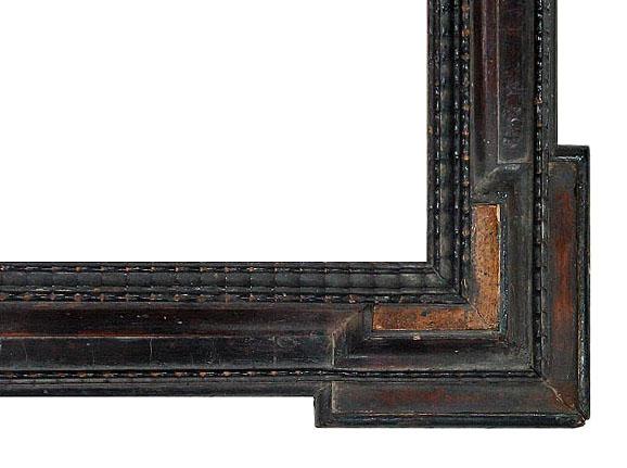 Flemish Corner Frame